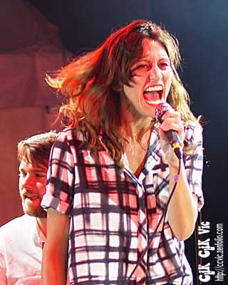 Photo of Martina Sorbara performing with Dragonette at the CNE Bandshell. Photo credit Vincent Banial