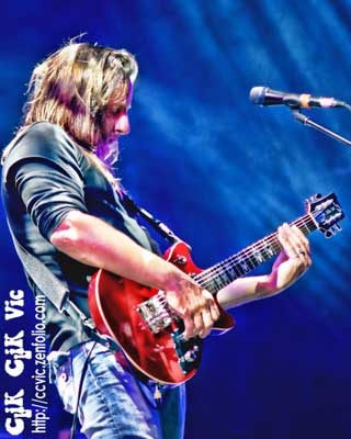 Photo of Brian Doherty on Guitar with Big Wreck, performing at the CNE Bandshell. Photo credit ccvic.zenfolio.com