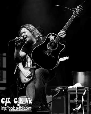 Photo of Marshall Dane performing at the CNE Midway Stage. Photo credit Vincent Banial