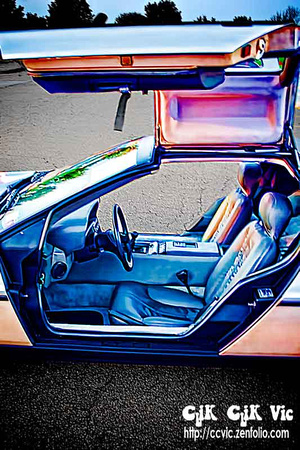 Photo of the interior of a DeLorean DMC12. Photo credit Vincent Banial