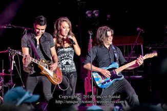 Kira Isabella concert at the CNE Bandshell on Aug 29th 2014. Copyright Vincent Banial